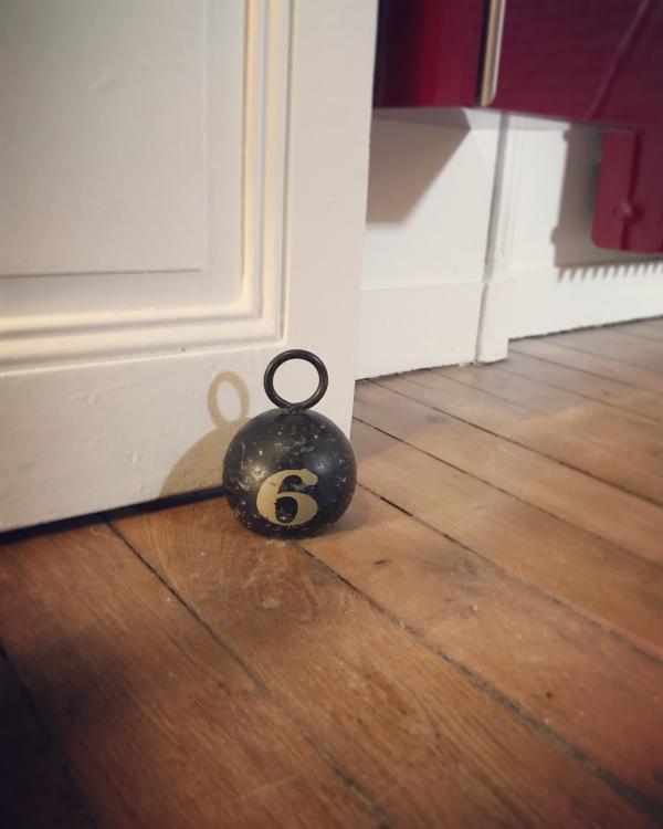Palla di Metallo Number 6