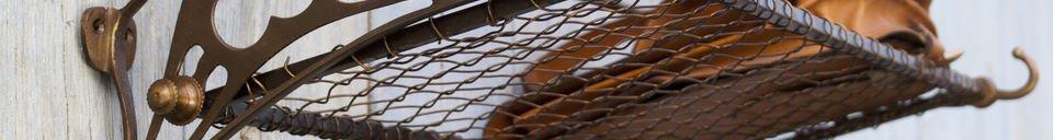 Materiali prima di tutto Appendiabiti da parete con rete metallica