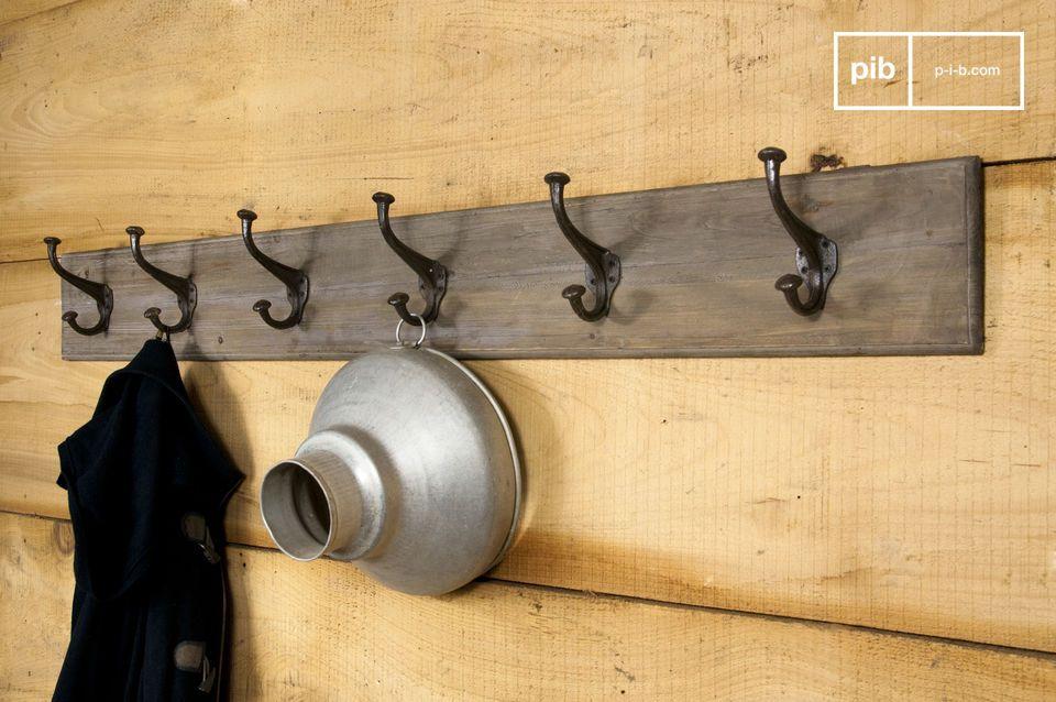 Appendiabiti gigante in legno e metallo