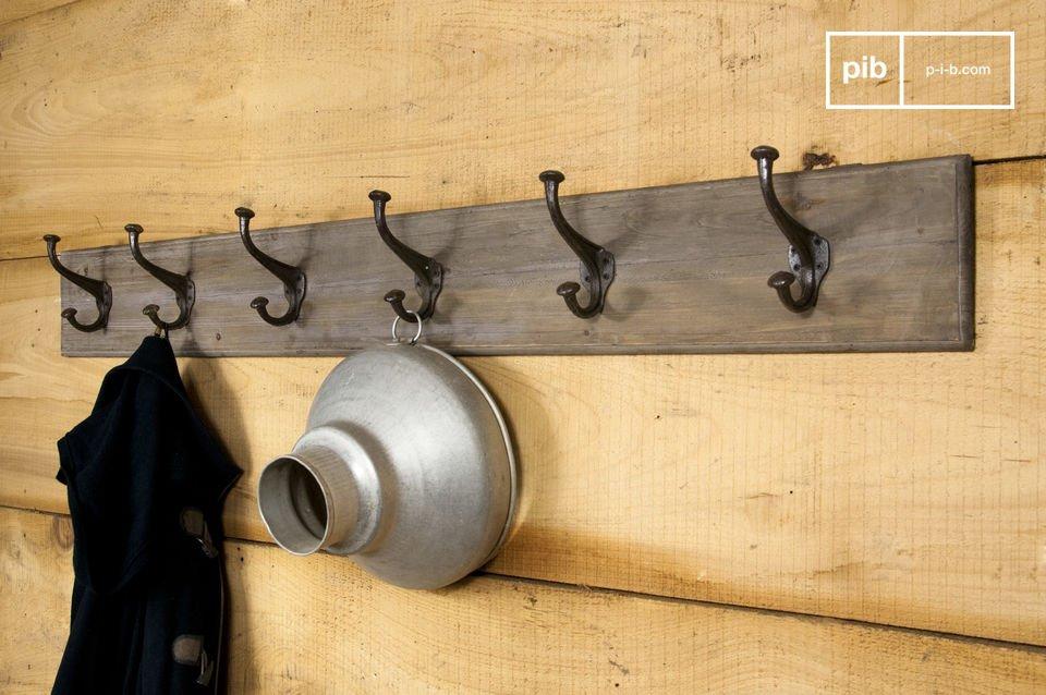 Appendiabiti grande in metallo e legno