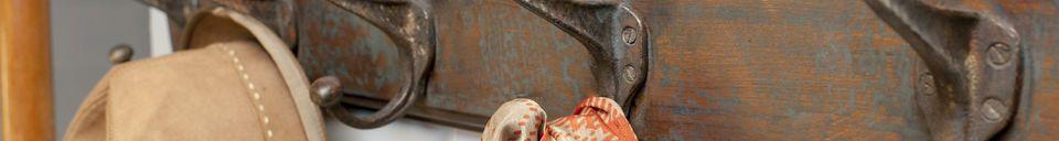 Materiali prima di tutto Appendiabiti patinato  a parete Choristes
