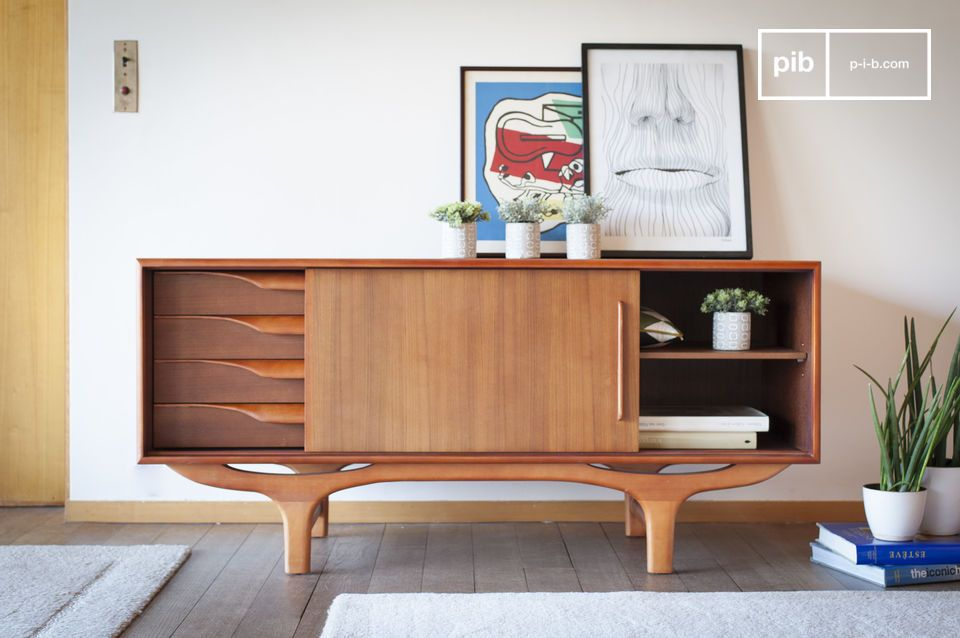 Buffet all-wood con linee Scandinave vintage in curve e controcurve