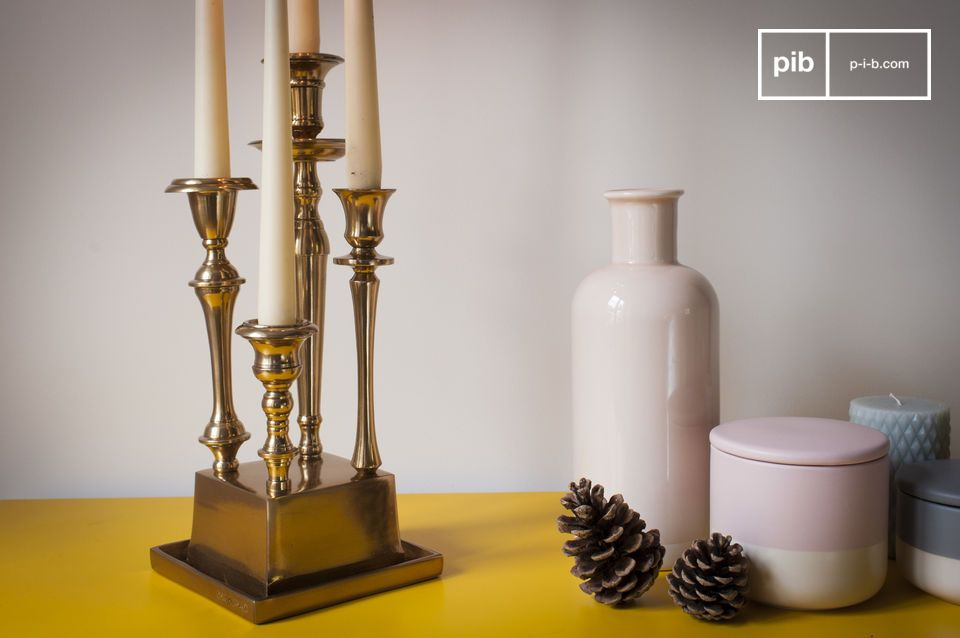 Un elemento decorativo chiave da mettere al centro di un tavolo vintage o su una consolle