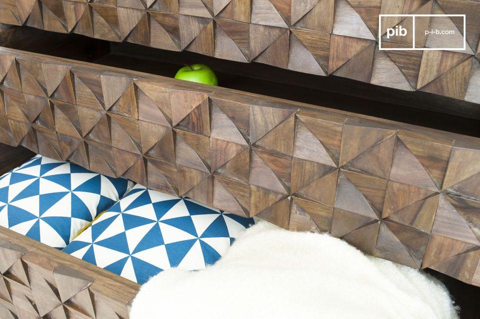 Nella camera da letto, apporta un equilibrio estetico rispettandone le linee geometriche