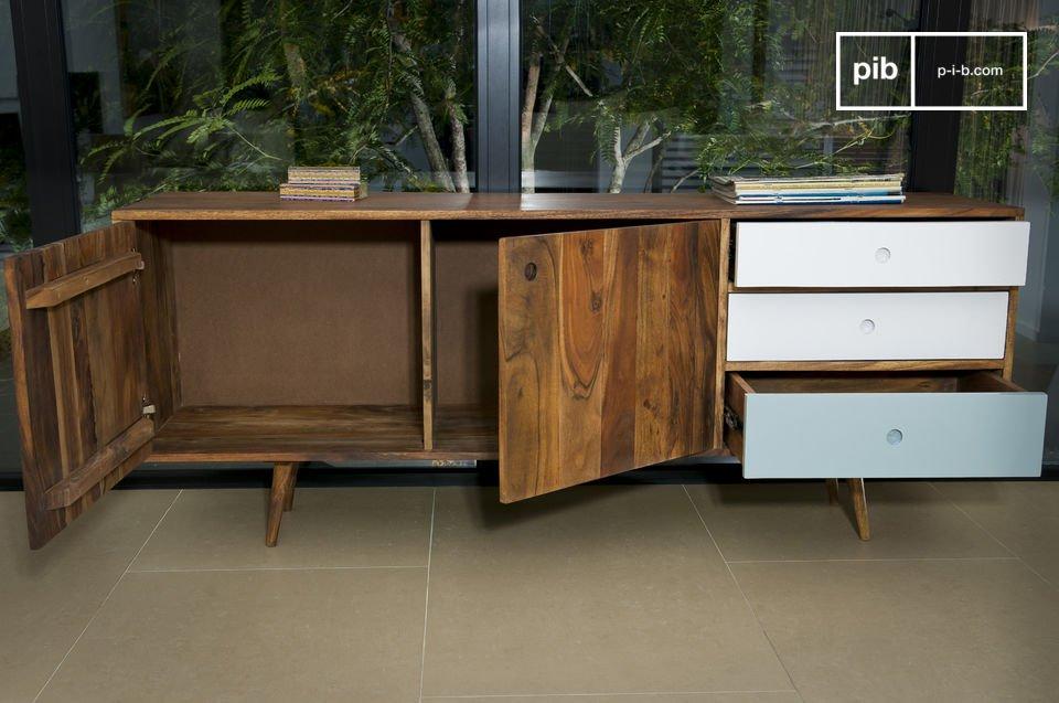 Tipico design Scandinavo anni '50, interamente in legno di acacia