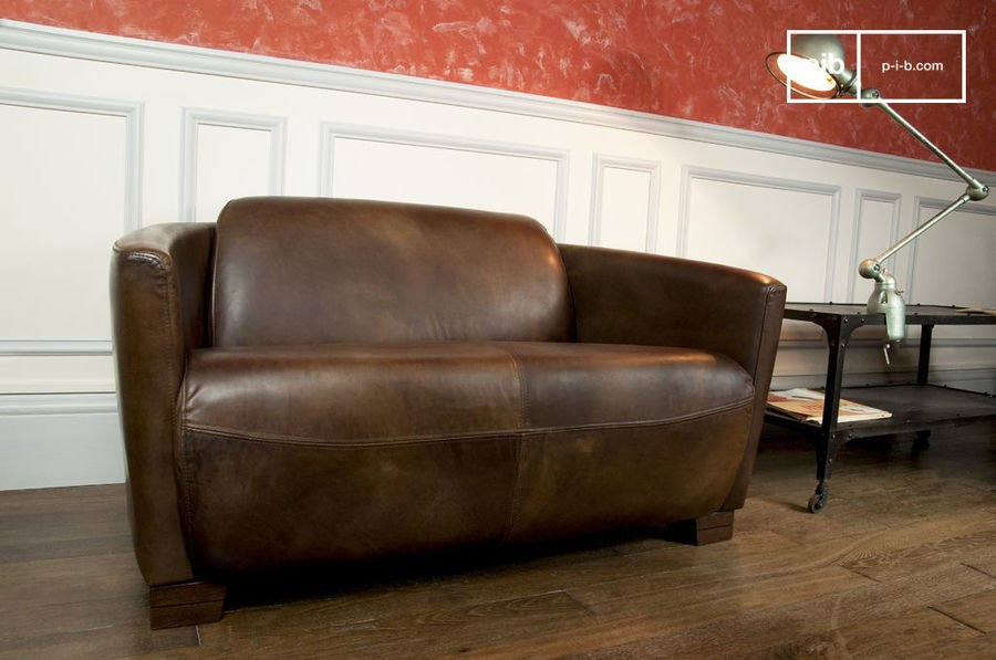 Couch Red Baron