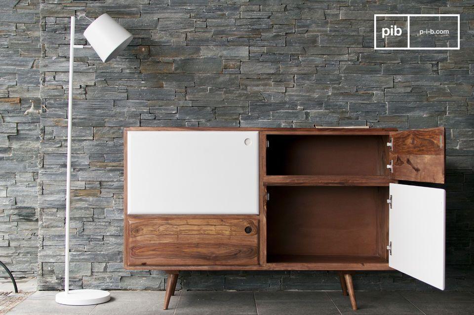 Un mobile credenza in legno che combina abilmente linee dritte e bordi arrotondati