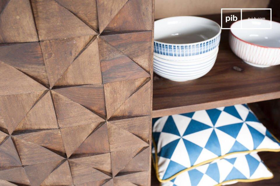 Sono realizzati in legno resistente che conferisce grande robustezza, come il resto del mobile