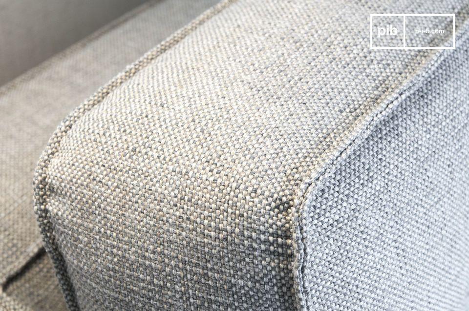 Amanti delle forme grafiche ed eleganti, troverete la vostra felicità con il divano Silkeborg