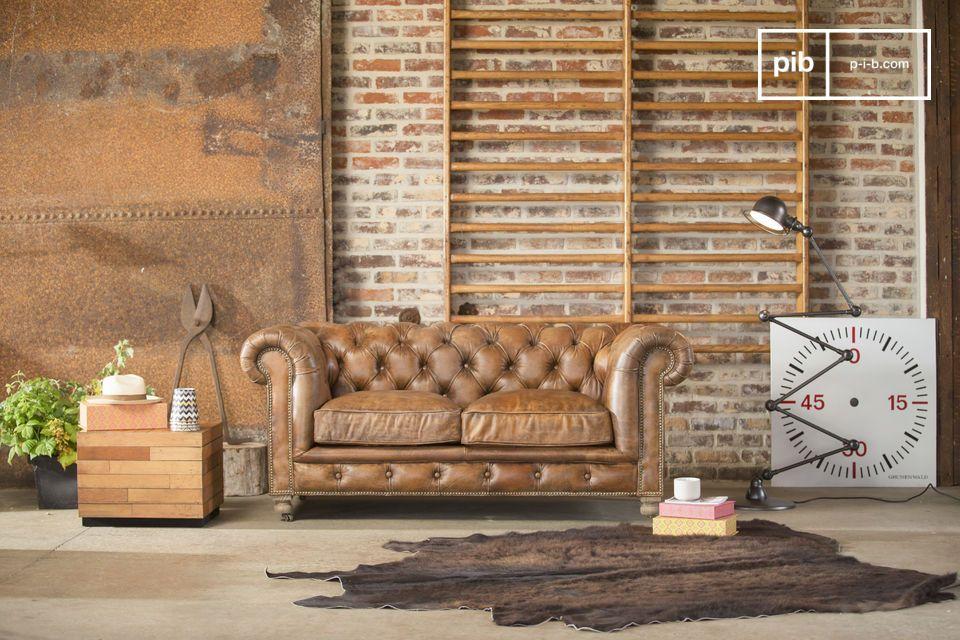 Il divano chesterfield Saint Paul è caratterizzato da finiture impeccabili ed è uno dei migliori