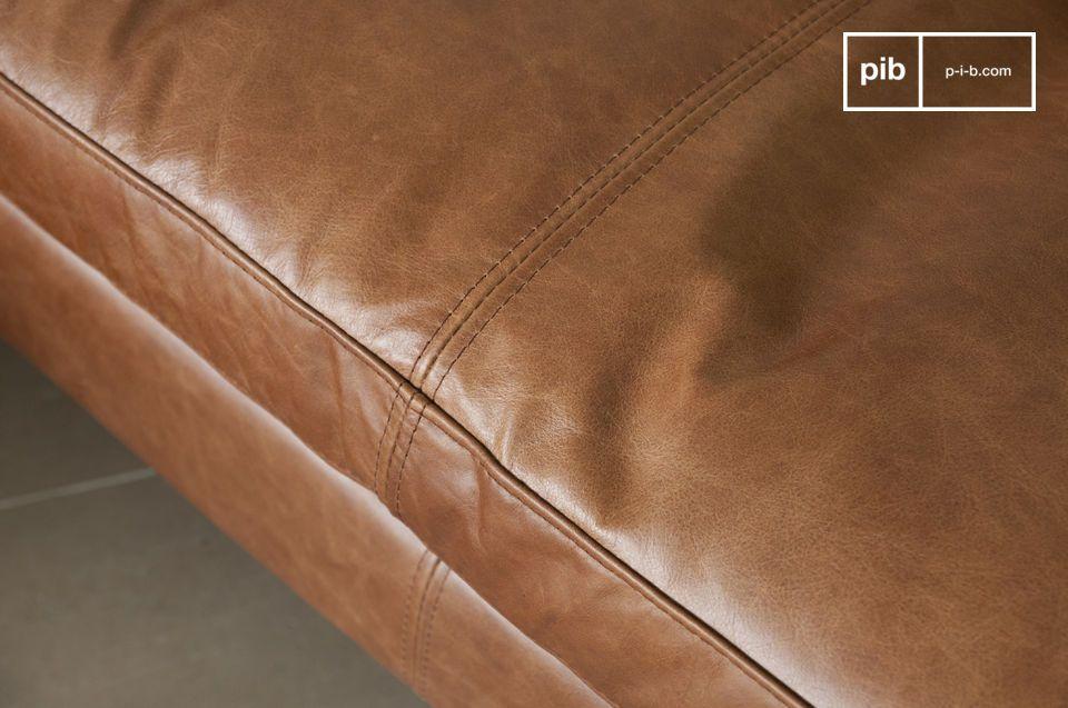 Questo divano troverà tranquillamente posto i qualsiasi tipo di interno