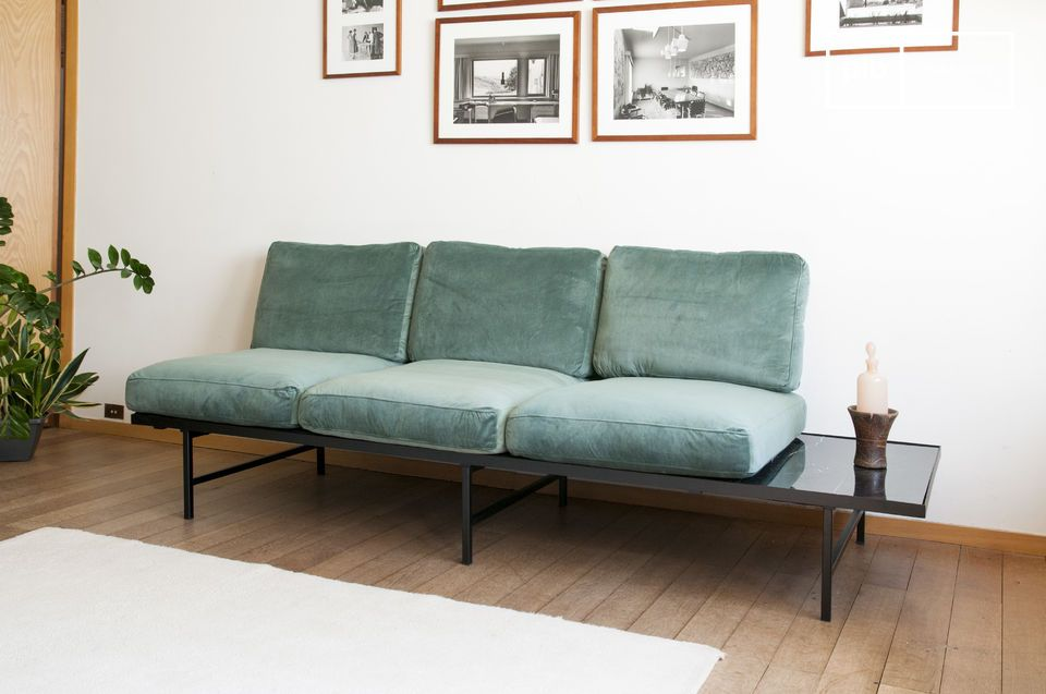 Il divano Cathy ha una seduta profonda e confortevole
