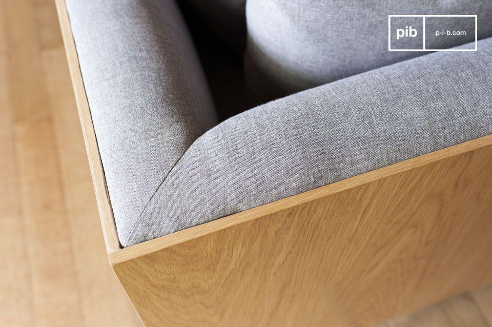 Il divano Jackson è caratterizzato da linee dritte ed eleganti