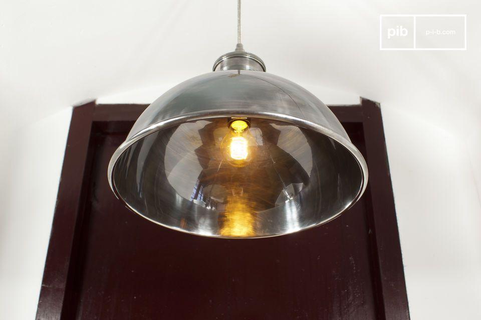 Questo prodotto della nostra collezione di lampade vintage farà la differenza in una stanza