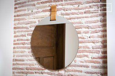 Grande specchio da entrata con cinghia