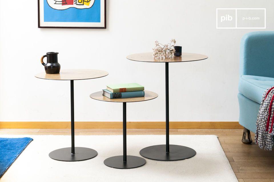 Una combinazione di metallo e legno per un design sobrio