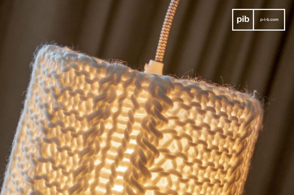 Una bella e morbida lampada a sospensione.