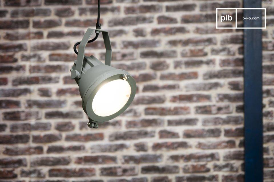 Una lampada retro dalle origini marittime