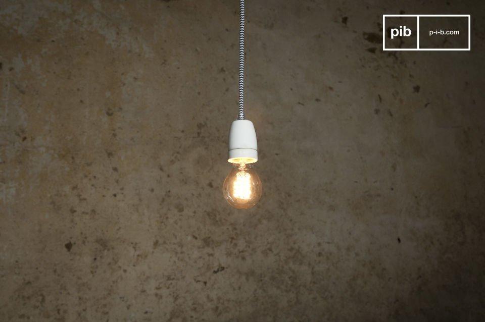 La lampada NUD è caratterizzata da linee molto sobrie