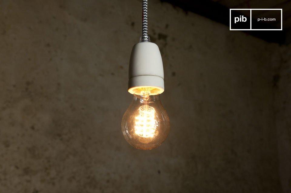 La lampada NUD può essere usata come una semplice lampada a sospensione