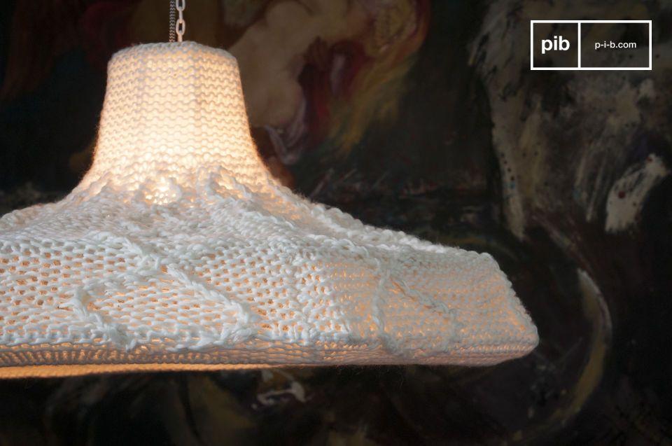 Una lampada con il calore dello stile Scandinavo