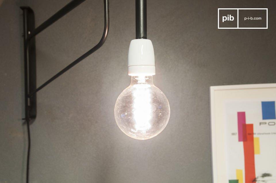 Fatevi trasportare in un\'altra epoca con questa lampada a muro che riprende lo spirito degli anni