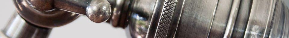 Materiali prima di tutto Lampada da lettura orientabile in metallo