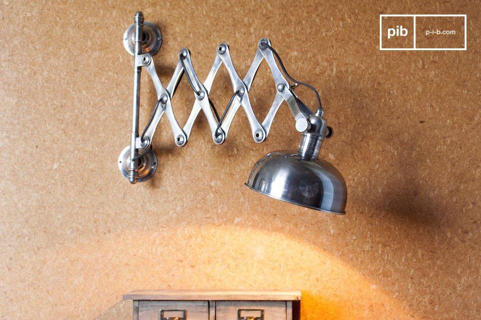 Vuoi collegare questa lampada a una presa di corrente piuttosto che montarla direttamente nel muro?