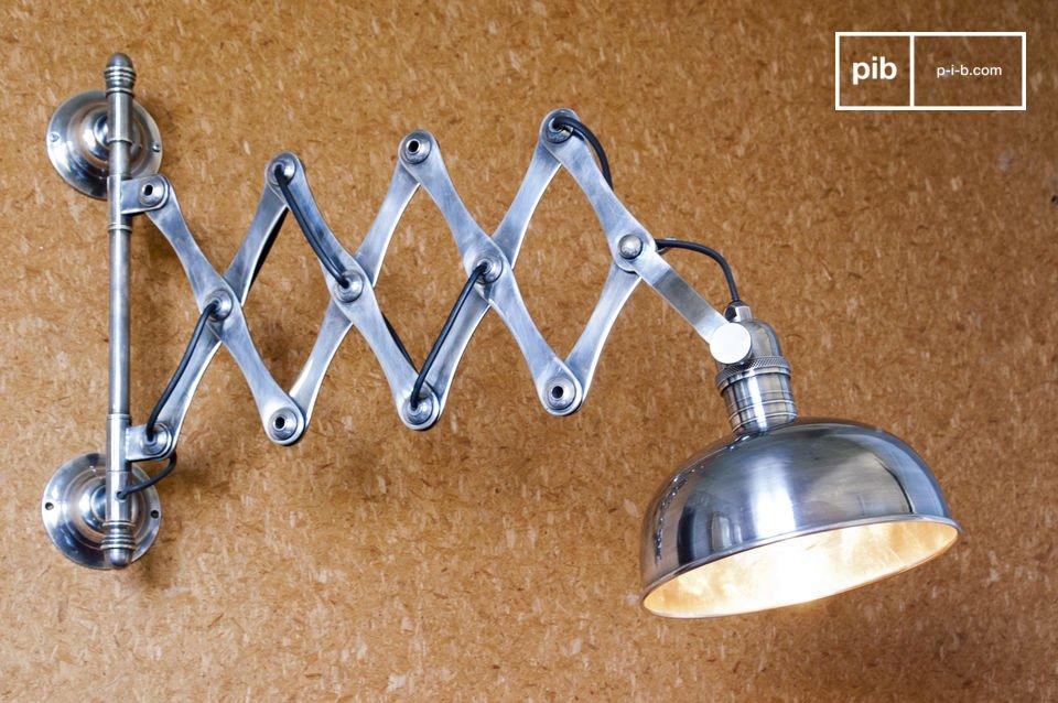 Lampada da parete a forbice