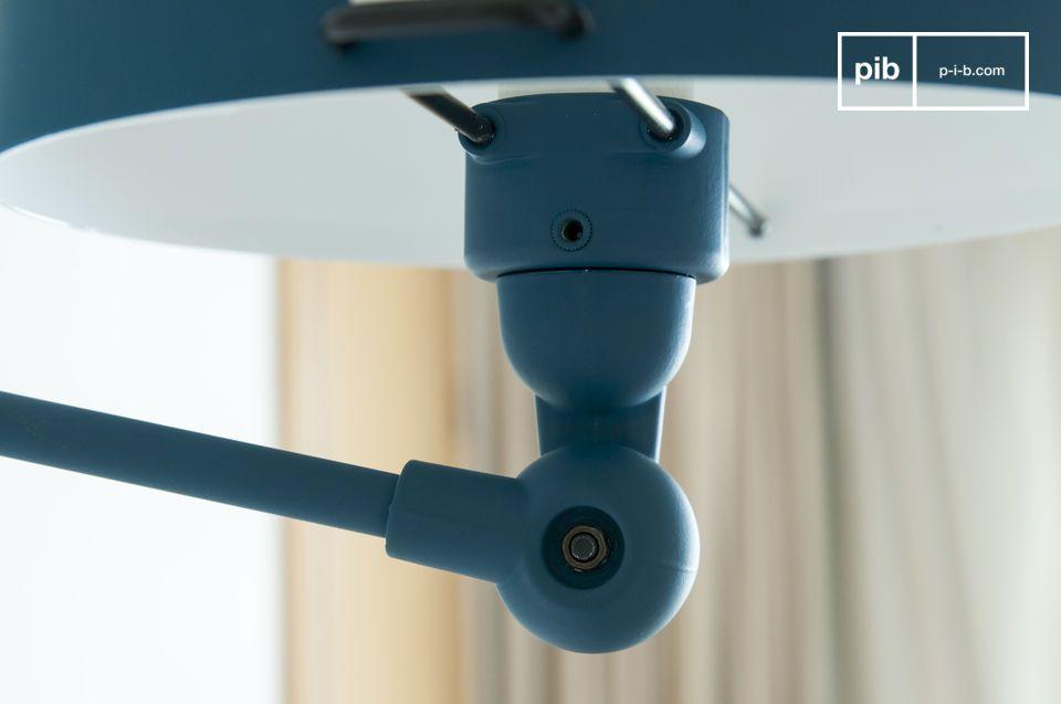 Rivisitazione in chiave moderna della famosa lampada articolata francese