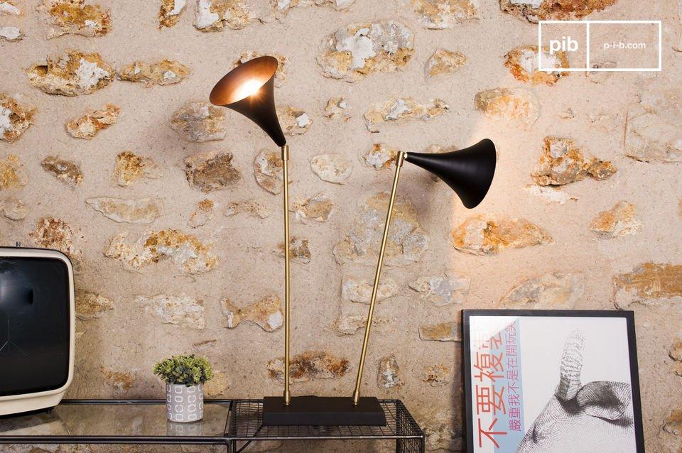 Questa lampada sarà perfetta in un interno scandinavo o retro, ma anche in un interno classico