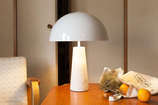 Lampada in marmo Boissoudy