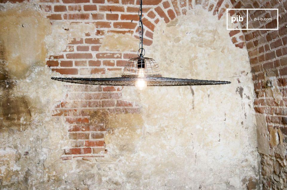 Il lampadario Grid non ha niente a che fare con i classici lampadari