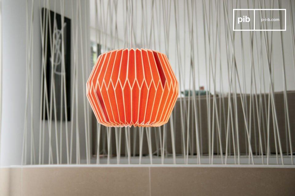Portate un tocco di colore nelle vostre stanze con questo lampadario dall\'aria retro
