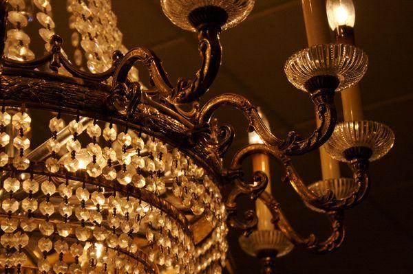 lampadario prezioso con cristalli