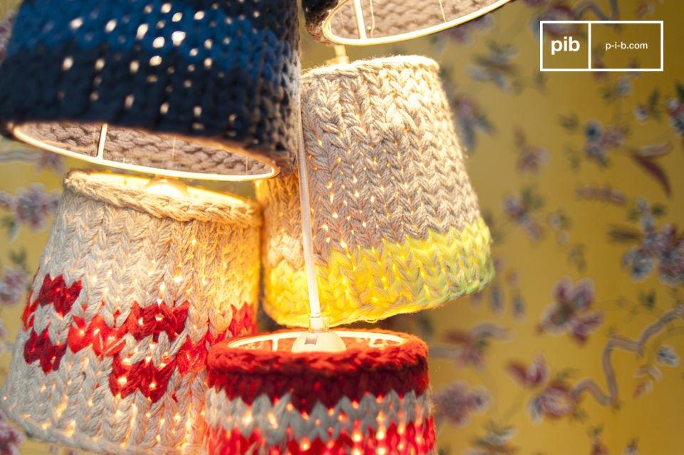 Cinque piccole lampade sospese per creare un ambiente accogliente