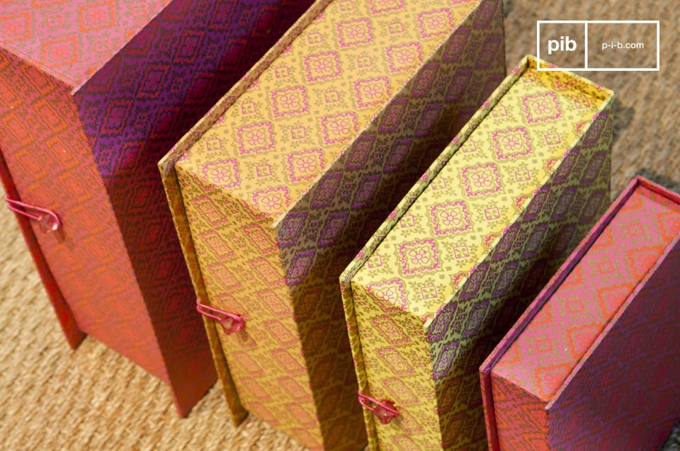 Stupende scatole colorate con un tocco retro