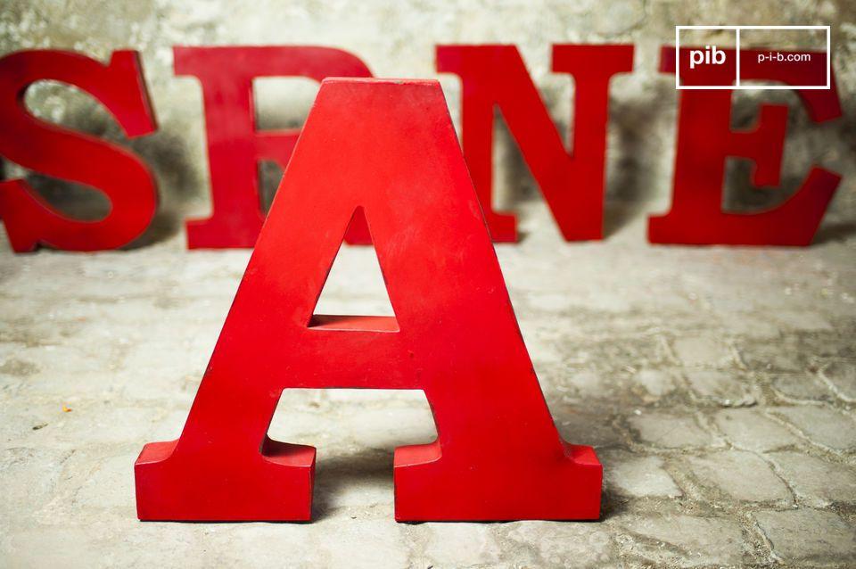 Lettera decorativa A