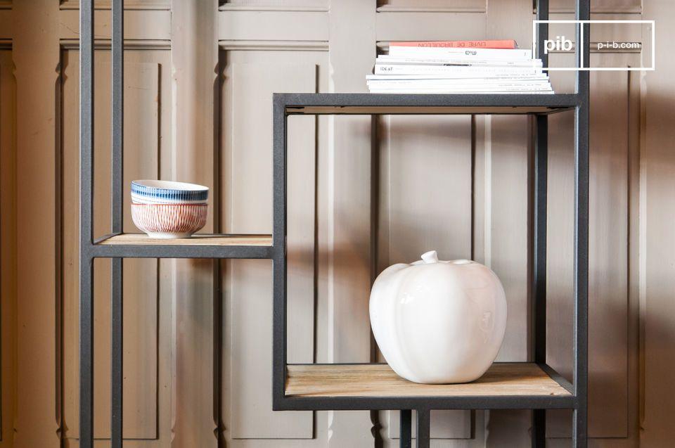 Mensole eleganti in legno e metallo