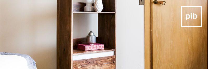 Libreria di legno massello