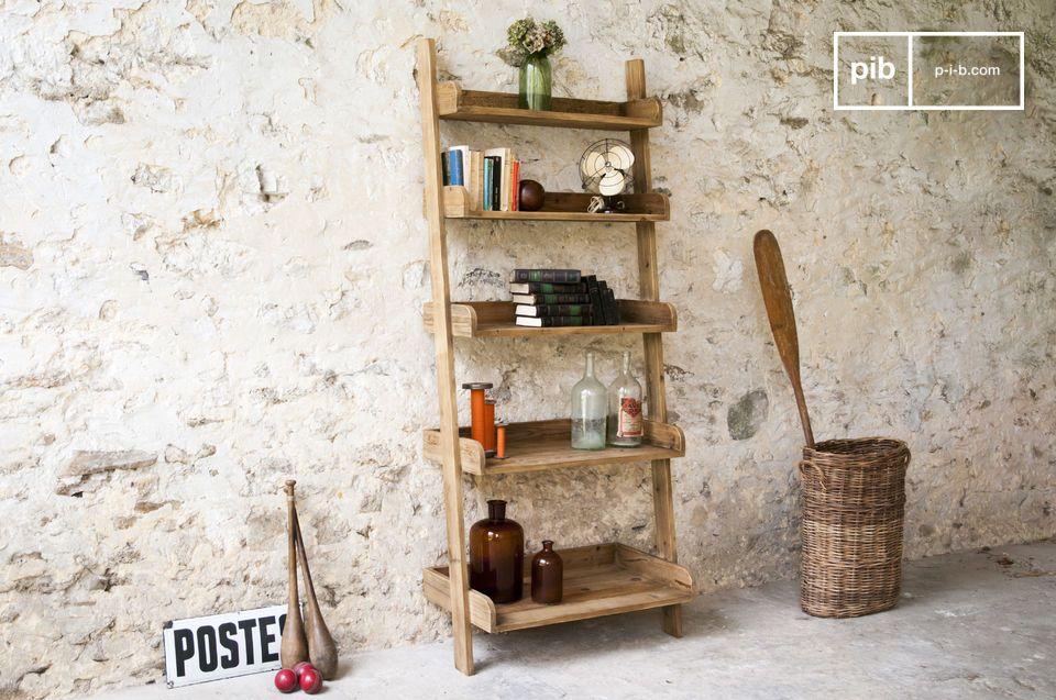 Tanto spazio con il fascino del legno antico