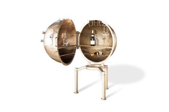 Minibar globo Jules Verne Foto ritagliata
