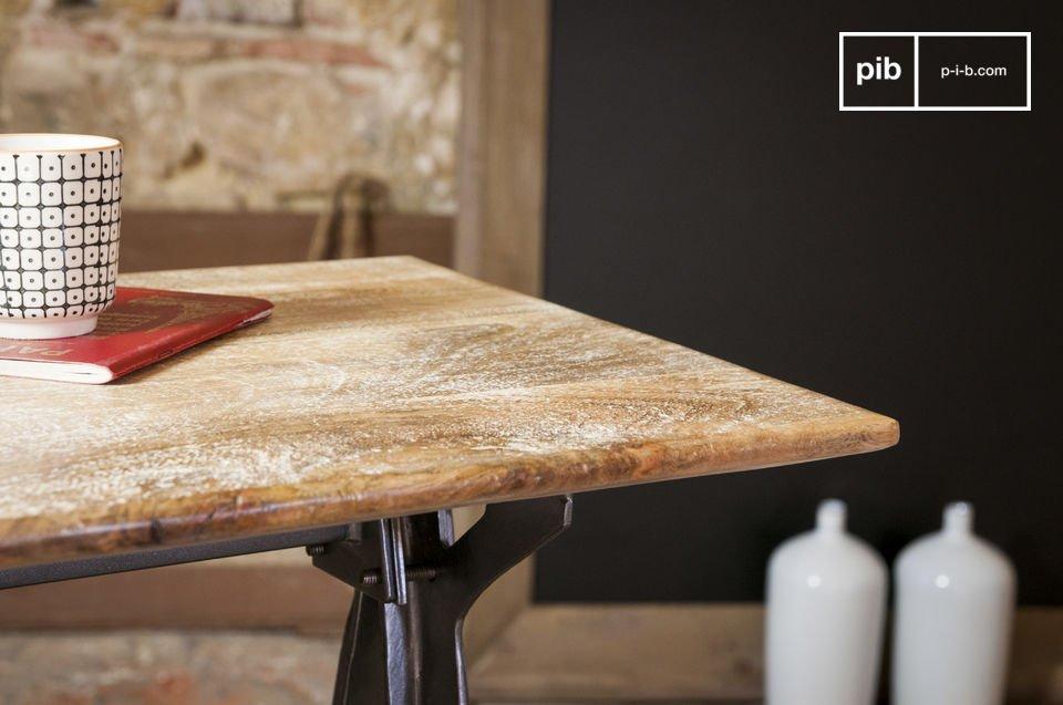 La consolle design Jetson è un pezzo di arredamento esteticamente notevole che unisce stile