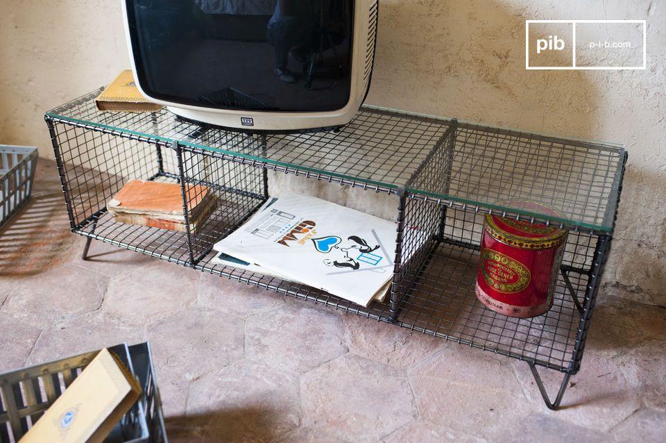 Il mobile TV Ontario è un bellissimo esempio di design retro-industrial