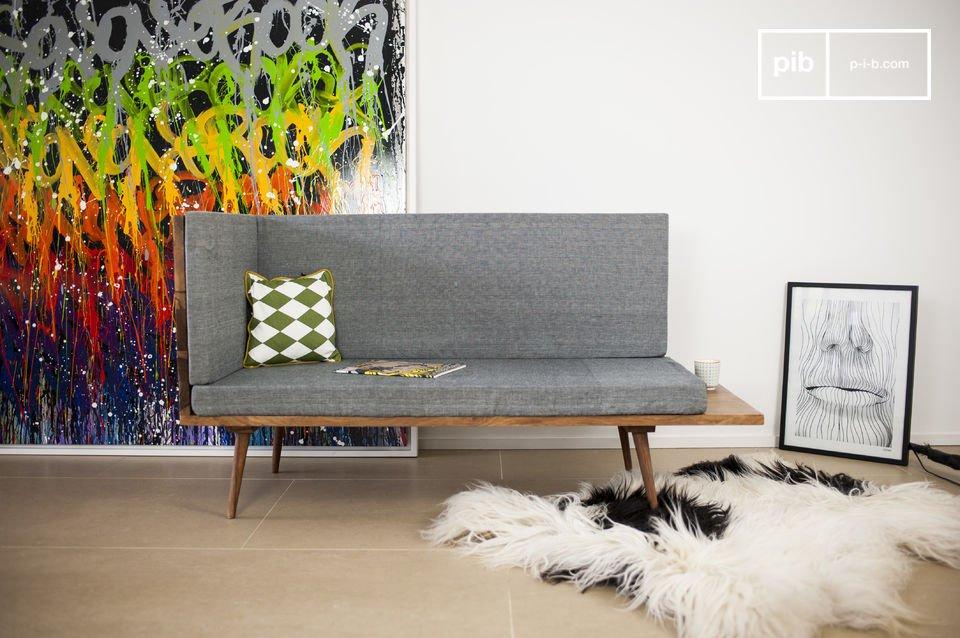La panchina Sensilä è un pezzo d\'arredamento che aggiungerà un tocco di stile Vintage Scandinavo