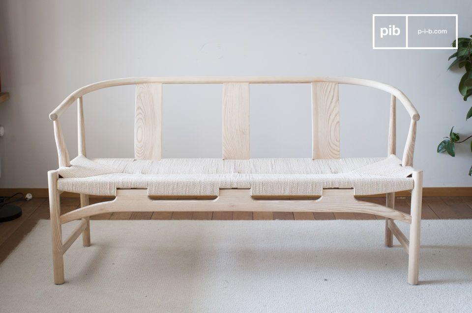 Questa panca in stile scandinavo sarà facilmente aggiungere un tocco di fascino vintage al vostro