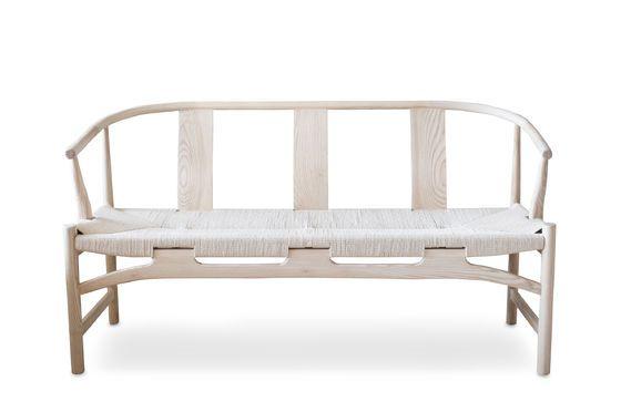 Panchina in legno Mäntta Foto ritagliata