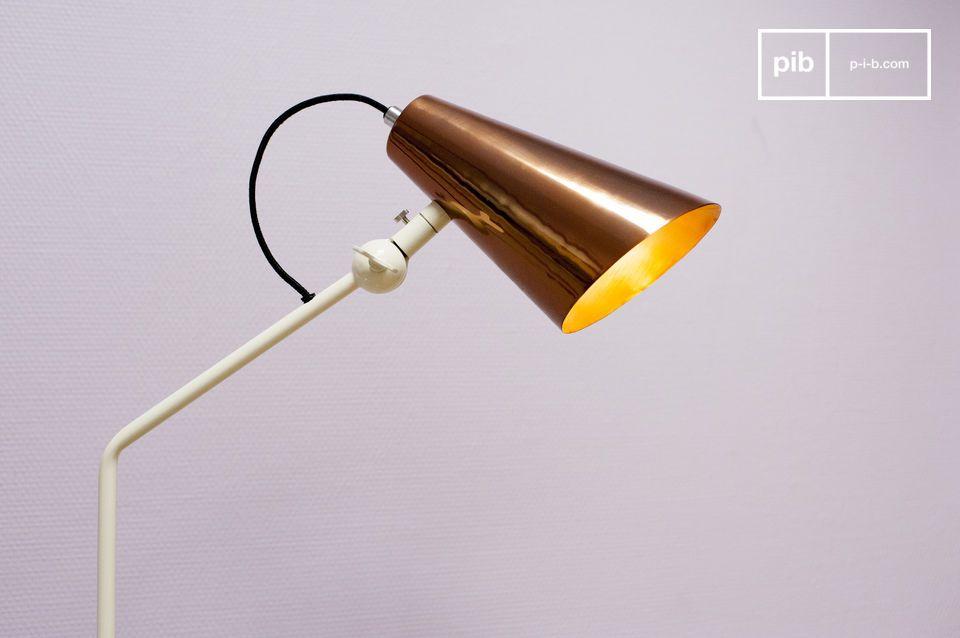 Paralume rame per una lampada di design dagli accenti retrò