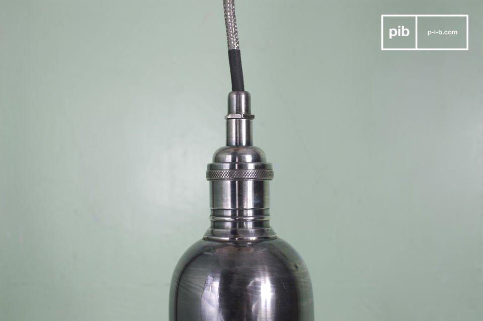 Piccolo lampadario dal diametro di 8cm