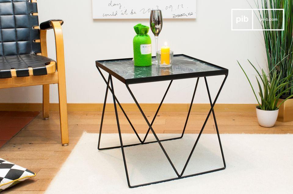 Piccolo tavolo Bumcello in marmo verde